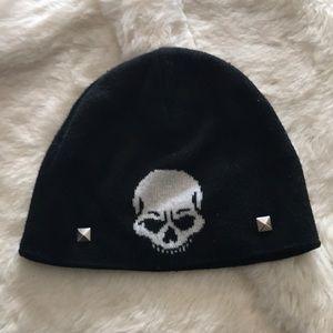 Skull studded beanie